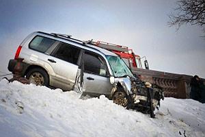 Автомобиль Subaru упал со смотровой площадки на Воробьевых горах