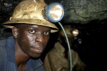 Российские ученые начали добывать золото из угля