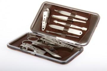 Как выбрать профессиональные маникюрные инструменты?