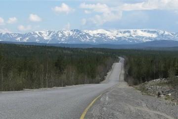В РФ появятся дороги без перекрестков для машин без водителей