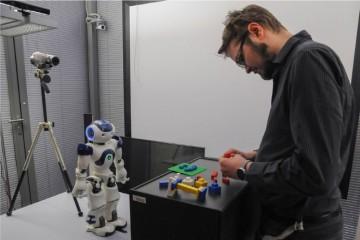 Люди предпочитают ошибающихся роботов безупречным