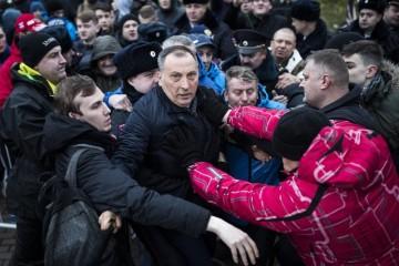 В Смоленске ректор академии привел на митинг Навального 150 студентов