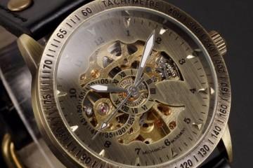 Мужские и женские модели часов на ремешке из кожи