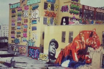 Нью-йоркские художники отсудили $6,7 млн за закрашенное граффити
