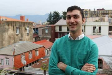Университет Нью-Йорка за свой счет выучит грузинского школьника
