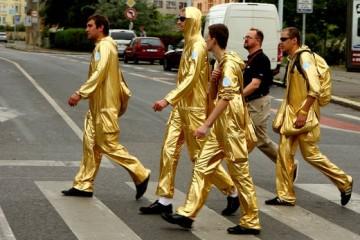 Российские покупатели станут для Алиэкспресса золотыми и бриллиантовыми