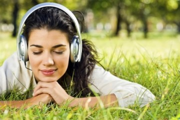 Курение приводит к нарушениям и потере слуха