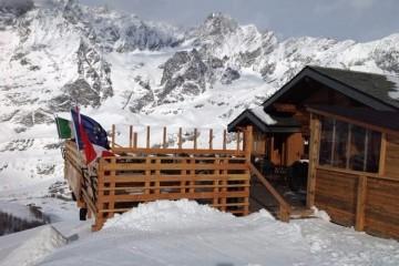 Пьяный турист ночью сбился с дороги в отель и случайно покорил Альпы