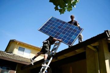 Калифорнийцев обяжут ставить на крыши солнечные батареи
