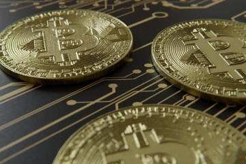На смену программам-вымогателям пришли тайные майнеры криптовалюты