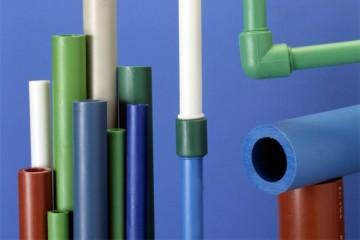 Особенности и достоинства труб из полиэтилена
