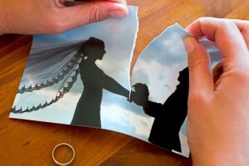 Большое число коллег увеличивает риск развода