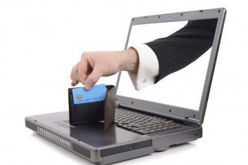 Фильмы с торрентов могут воровать электронные деньги