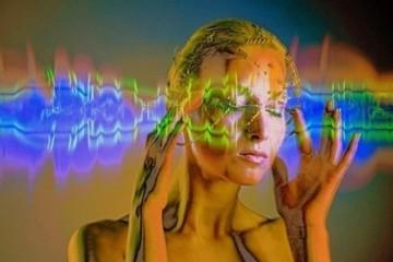 Устройство переводит мысли в слова и произносит их