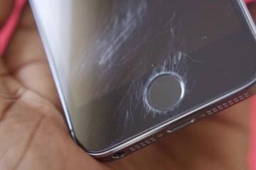 На новейших айфонах появляются мистические трещины