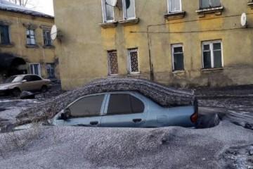 В Кузбассе выпал чёрный снег