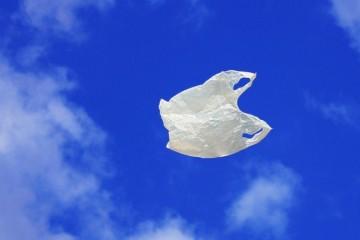 Пластик атакует отовсюду: учёные обнаружили его частицы даже в воздухе