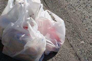 3/4 россиян не использует пластиковые пакеты дважды