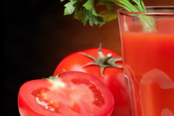 Учёные разгадали тайну популярности томатного сока в небесах
