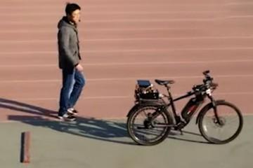 Искусственный интеллект умеет ездить на велосипеде