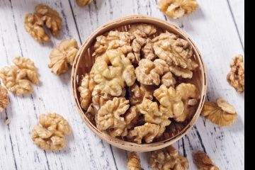 Грецкие орехи оказались средством от язвы и рака