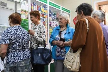 Большинство россиян избегает поликлиник, треть верит в знахарей
