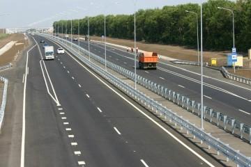 В каждый км асфальта дороги Краснодар – Крымский мост вкатают ₽1 млрд