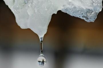 Учёные в 10 тысяч раз ускорили таяние льда