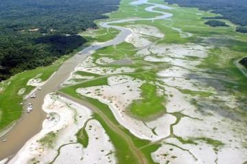 Глобальное потепление делает озёра по всему миру ядовитыми