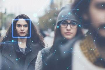 Фото пользователей московских госуслуг передадут в систему распознавания лиц